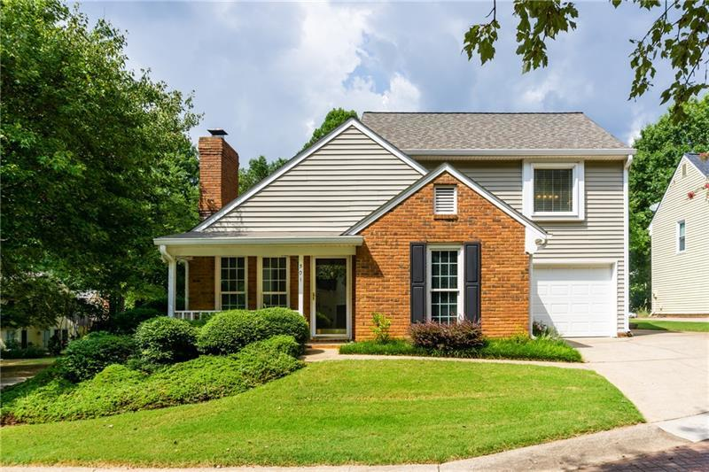 Atlanta Single Family Real Estate in Roswell